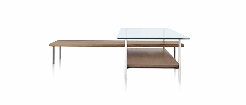 Table en bois avec plateau en verre Herman Miller