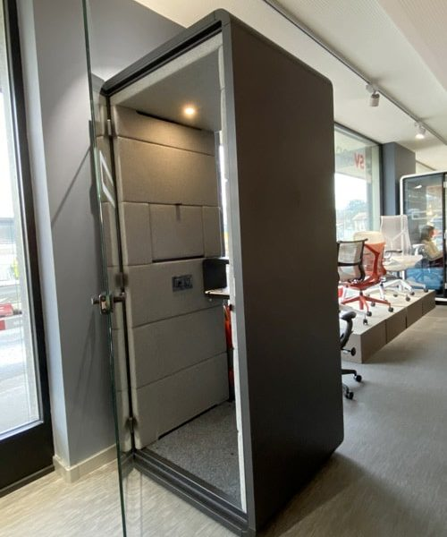 showroom-mobilier-de-bureau-mikomax-hashphone